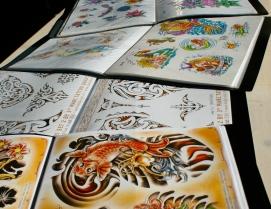 Boeken met voorbeelden van tatoeages