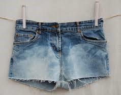 Het is duidelijk; denim, shorts zijn hot!